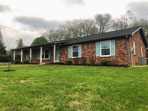 Photo of 322 Center Dr, Gallatin, TN 37066 (MLS # 2135482)