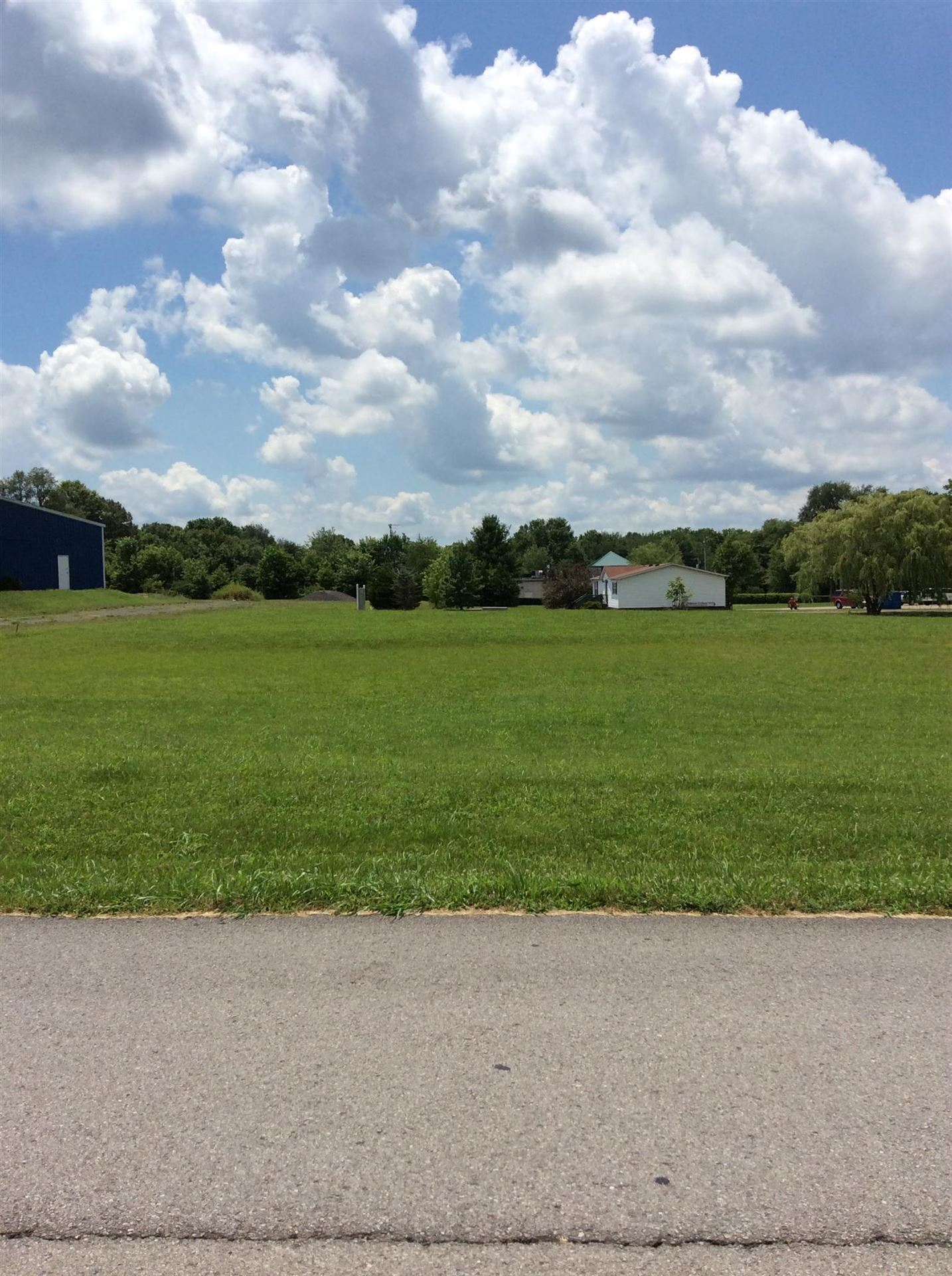 Photo of 1012 Industrial Dr, Pleasant View, TN 37146 (MLS # 1745482)