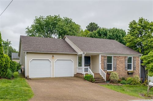 Photo of 5064 English Village Dr, Nashville, TN 37211 (MLS # 2253485)