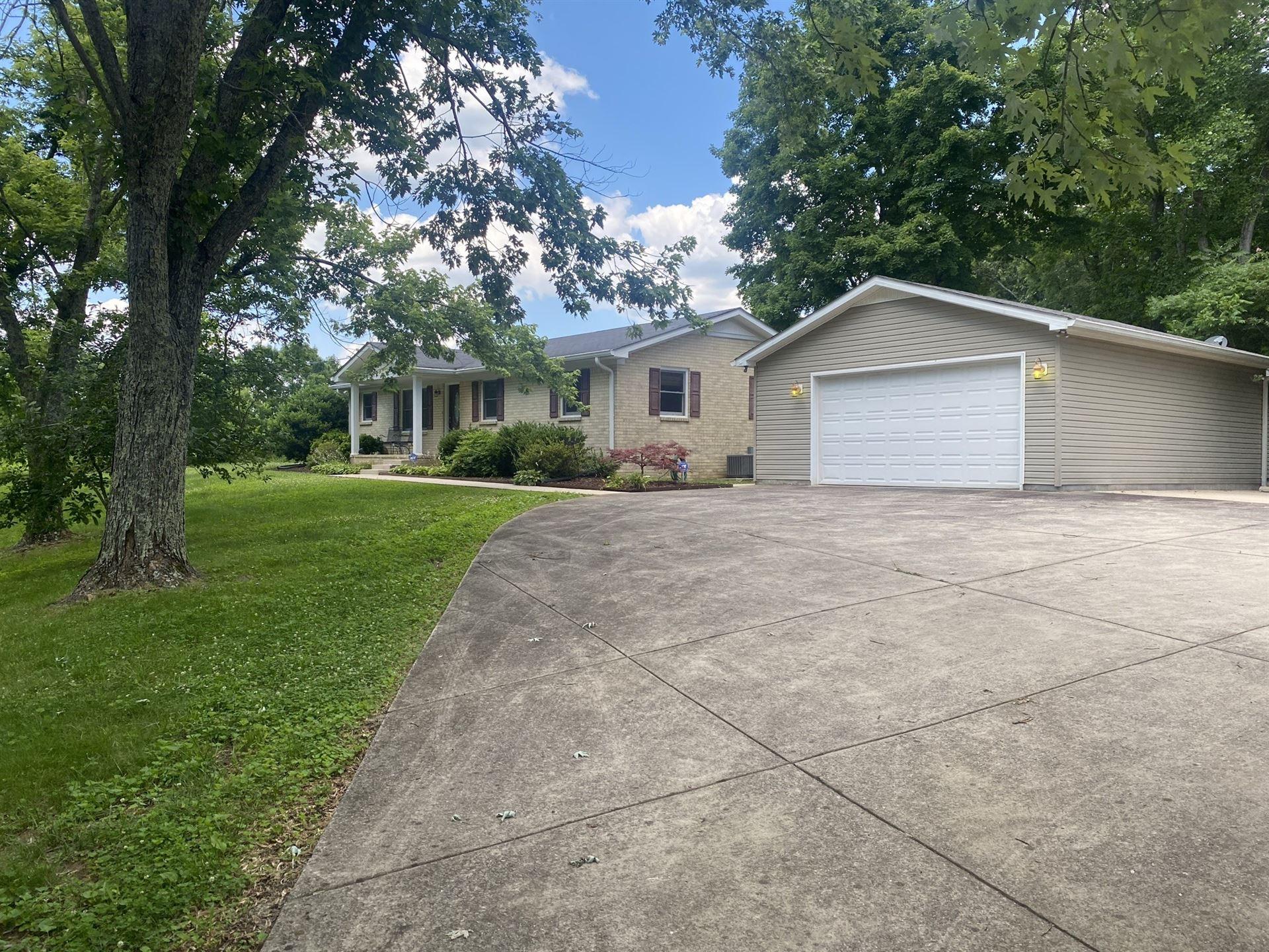 Photo of 818 Dale Ridge Rd, Dowelltown, TN 37059 (MLS # 2264489)