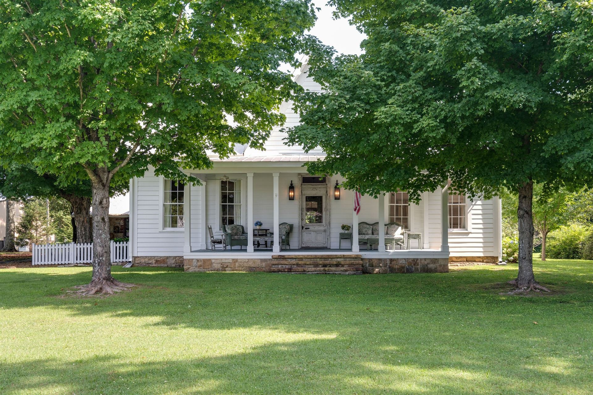 363 College St, Monteagle, TN 37356 - MLS#: 2277489