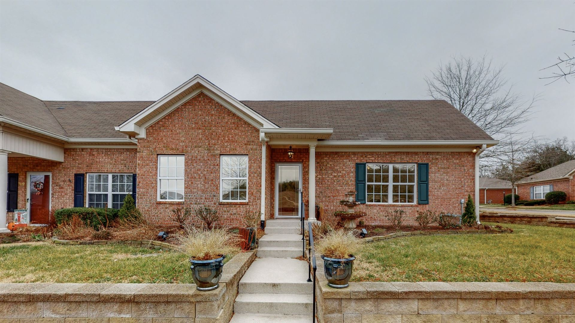 Photo of 300 Connelly Ct, Franklin, TN 37064 (MLS # 2219490)