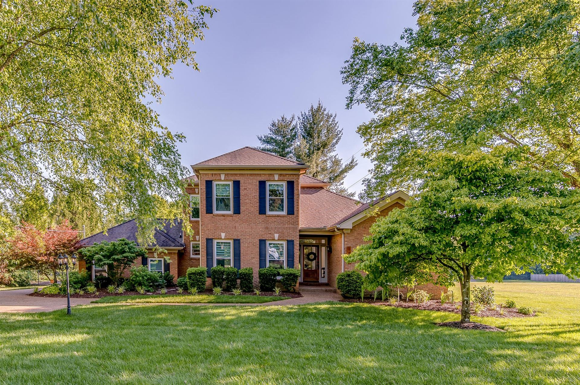 Photo of 1315 Arrowhead Dr, Brentwood, TN 37027 (MLS # 2156492)