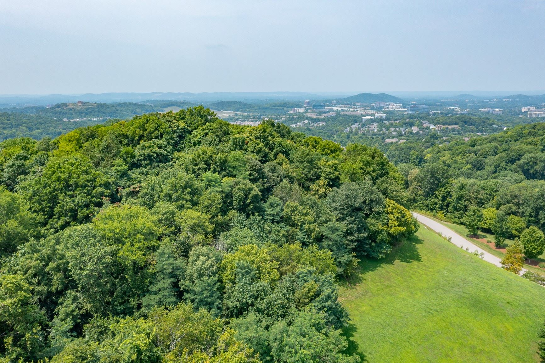 Photo of 1229 Road of the Round Table, Franklin, TN 37067 (MLS # 2276492)