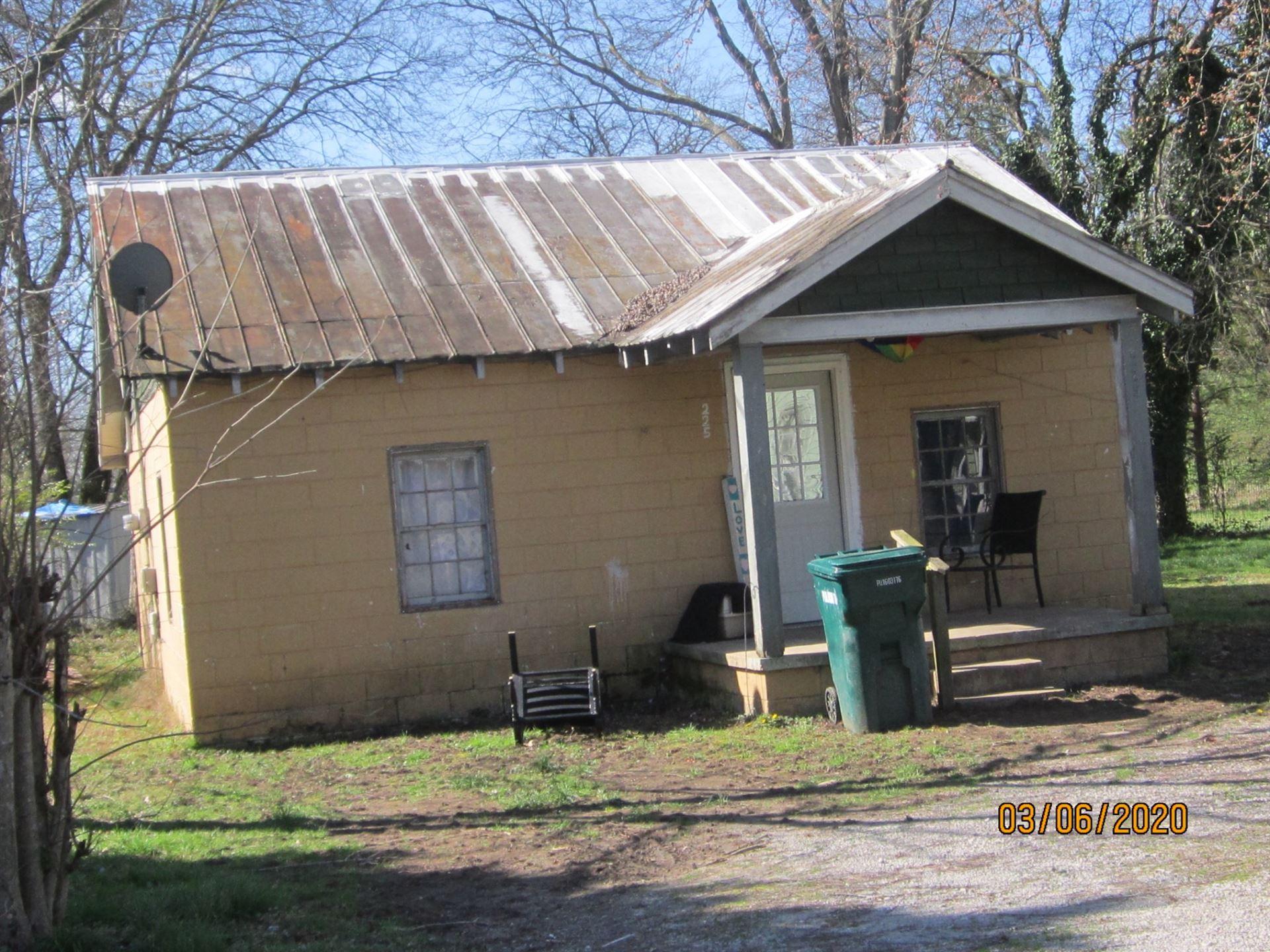 225 E Flower ST E, Pulaski, TN 38478 - MLS#: 2122493