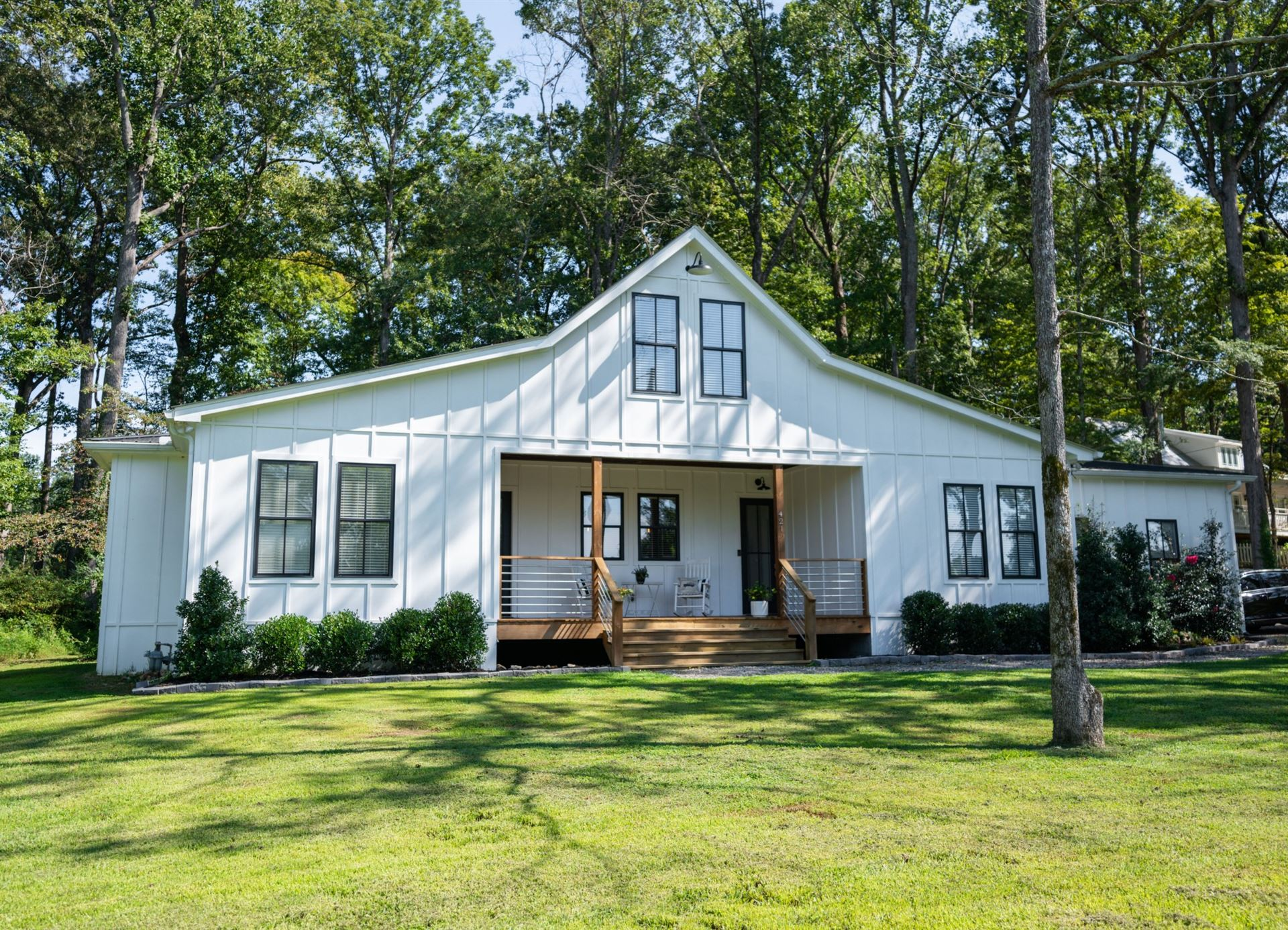 421 Eastside Rd, Burns, TN 37029 - MLS#: 2232494