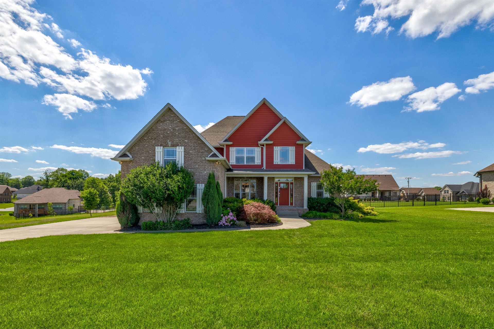 Photo of 3007 Westbrook Dr, Greenbrier, TN 37073 (MLS # 2263501)