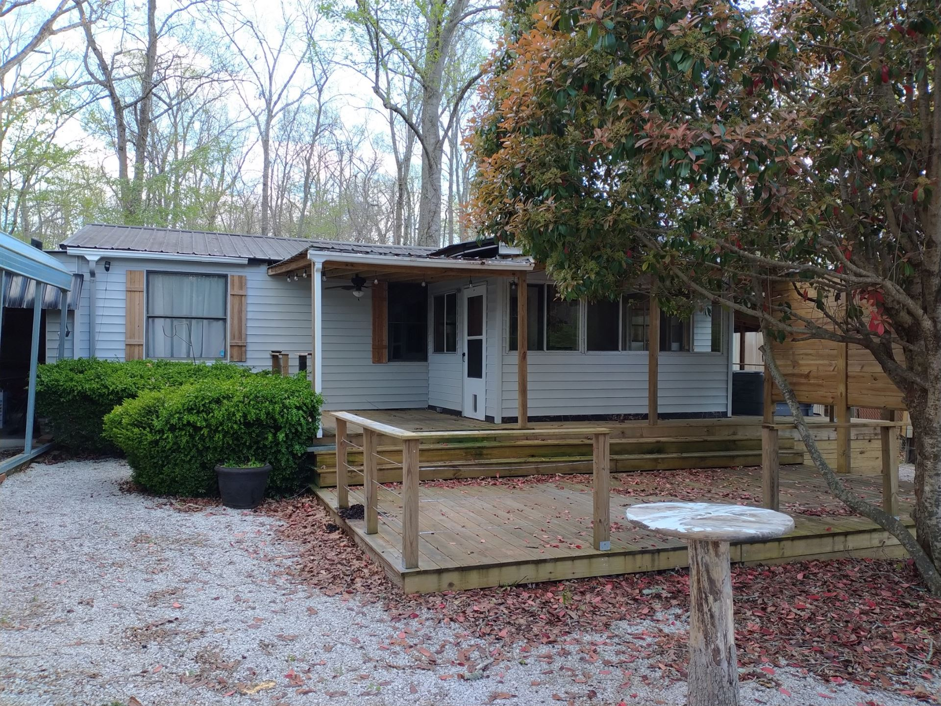 841 Lakewood Dr, Beechgrove, TN 37018 - MLS#: 2243502