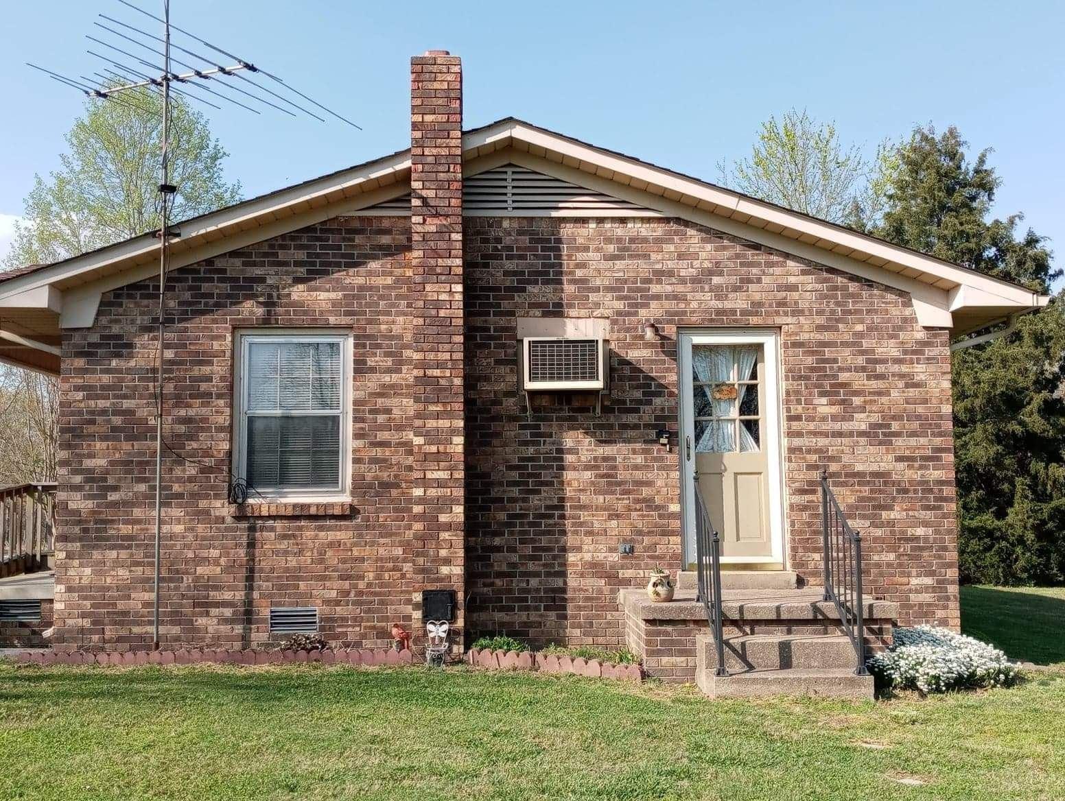 Photo of 790 Turnpike Rd W, Lawrenceburg, TN 38464 (MLS # 2243505)