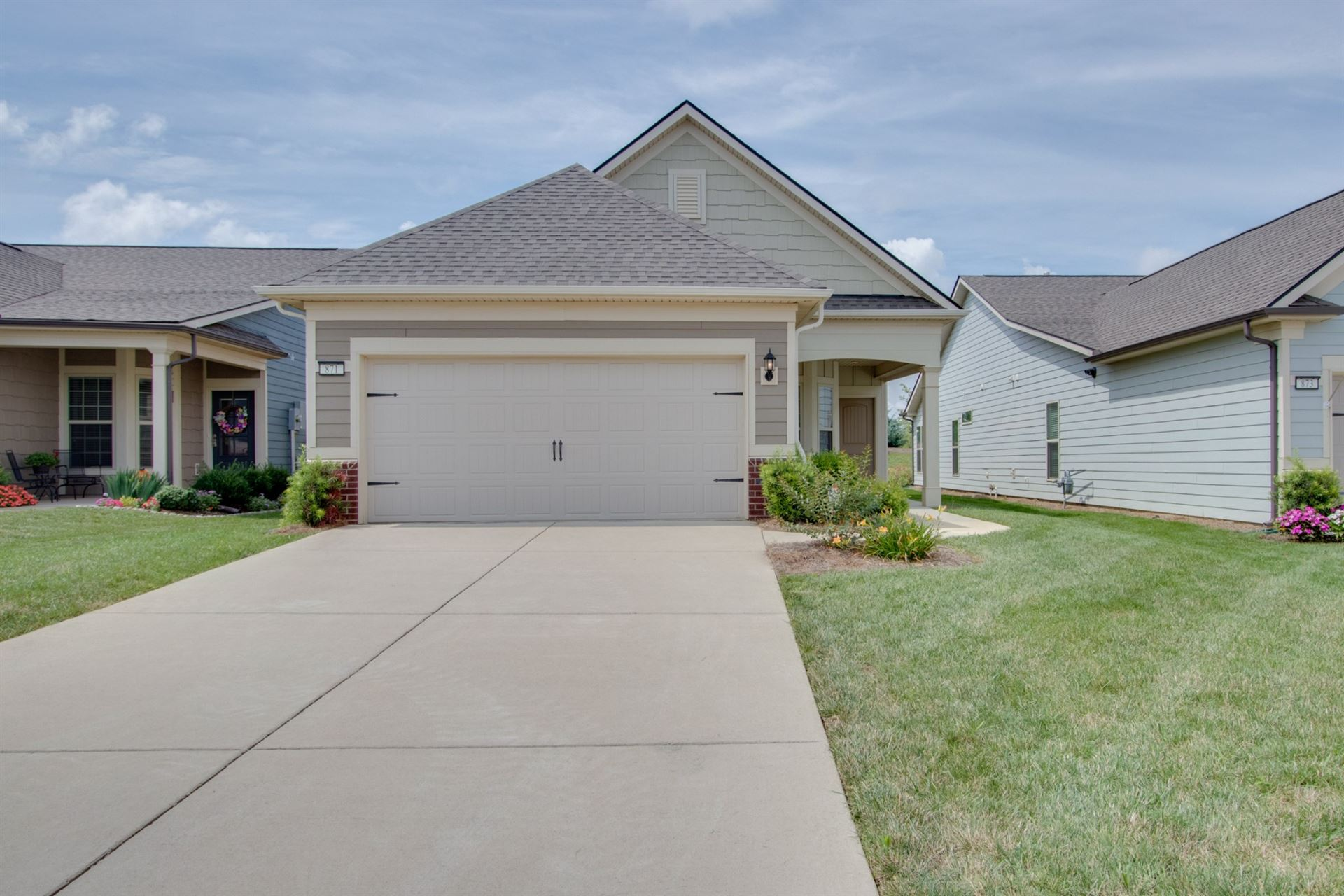 Photo of 871 Clay Pl, Spring Hill, TN 37174 (MLS # 2179507)