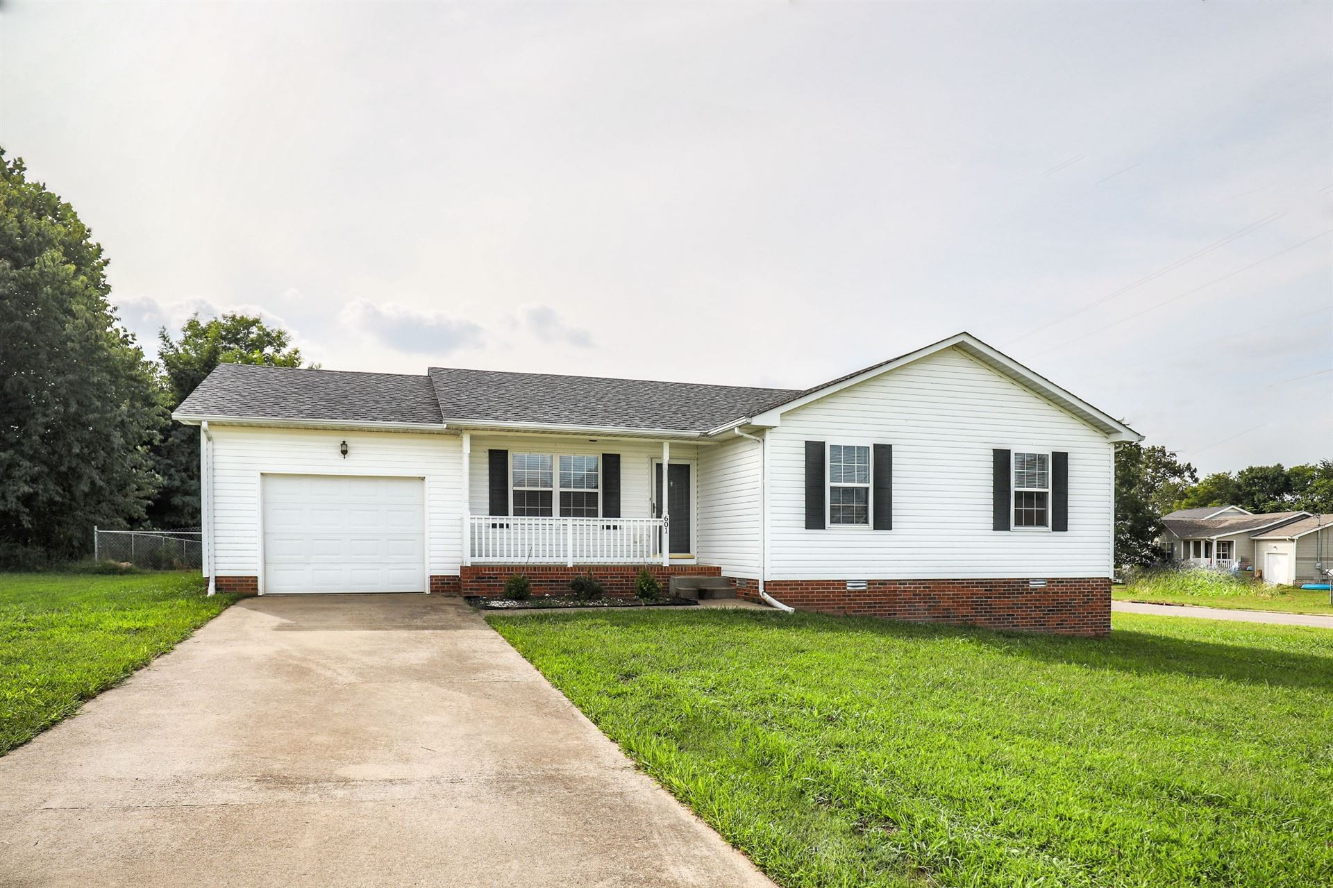 601 Millie Dr, Oak Grove, KY 42262 - MLS#: 2190510