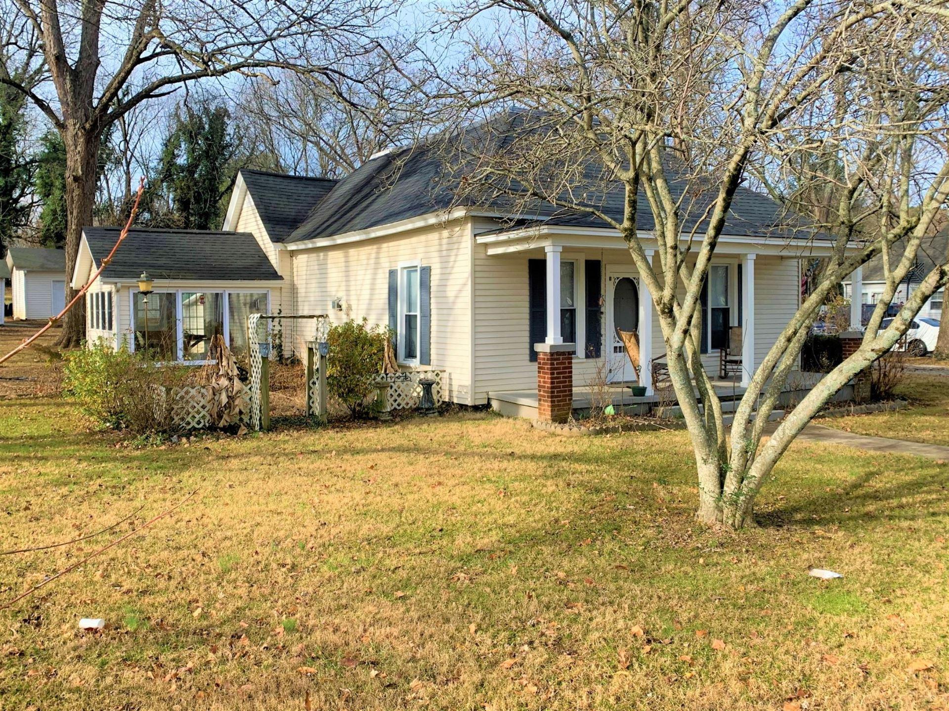 805 N High St, Winchester, TN 37398 - MLS#: 2218512