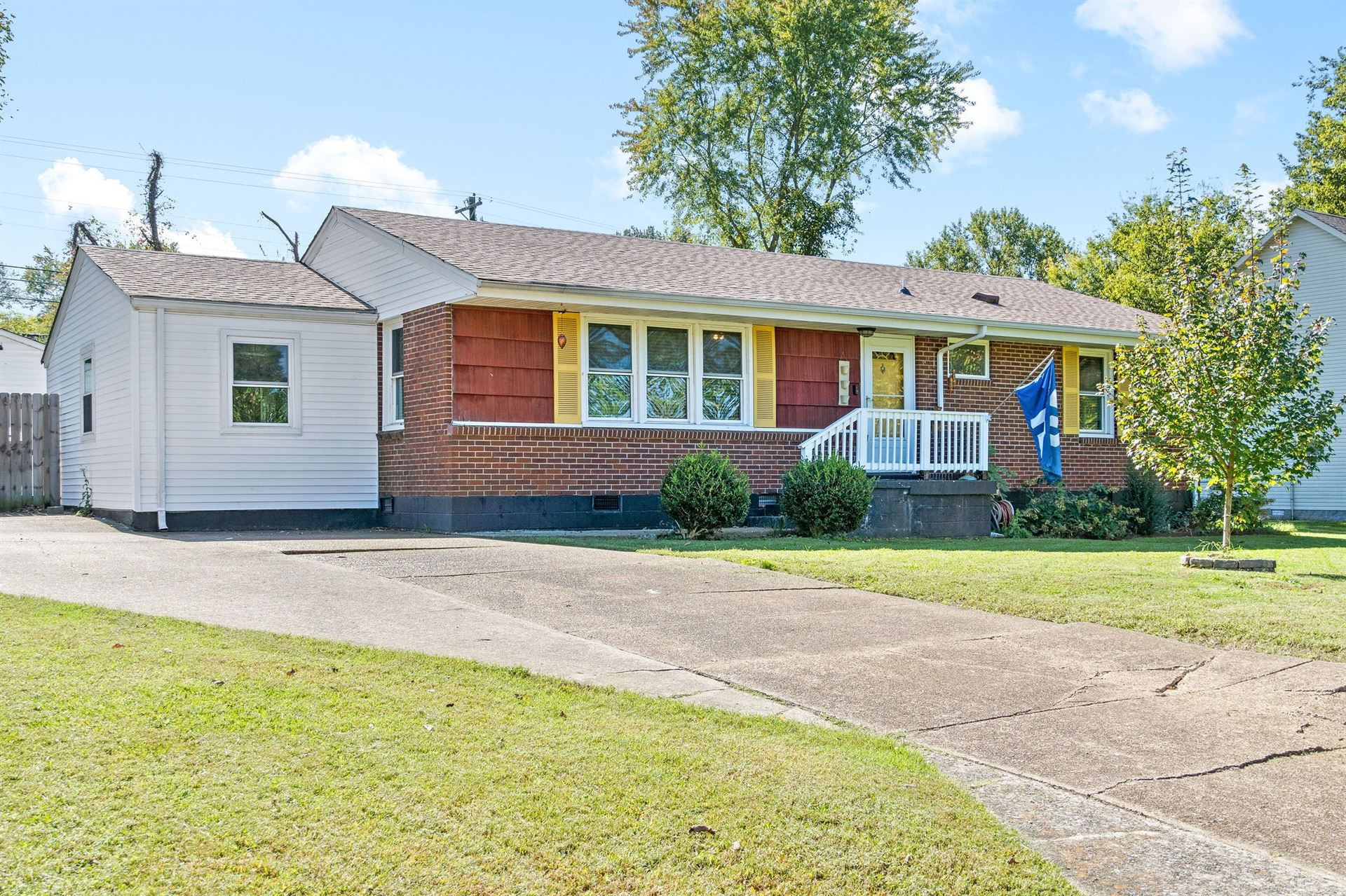 105 Rebecca Ln, Clarksville, TN 37042 - MLS#: 2301512