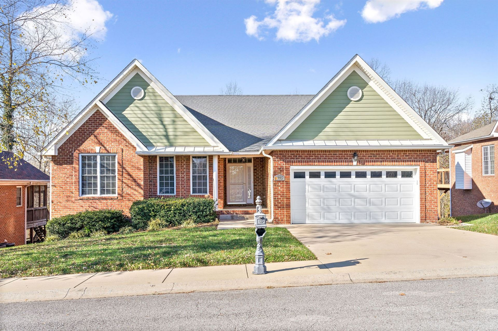 715 Courtland Ave, Clarksville, TN 37043 - MLS#: 2209525