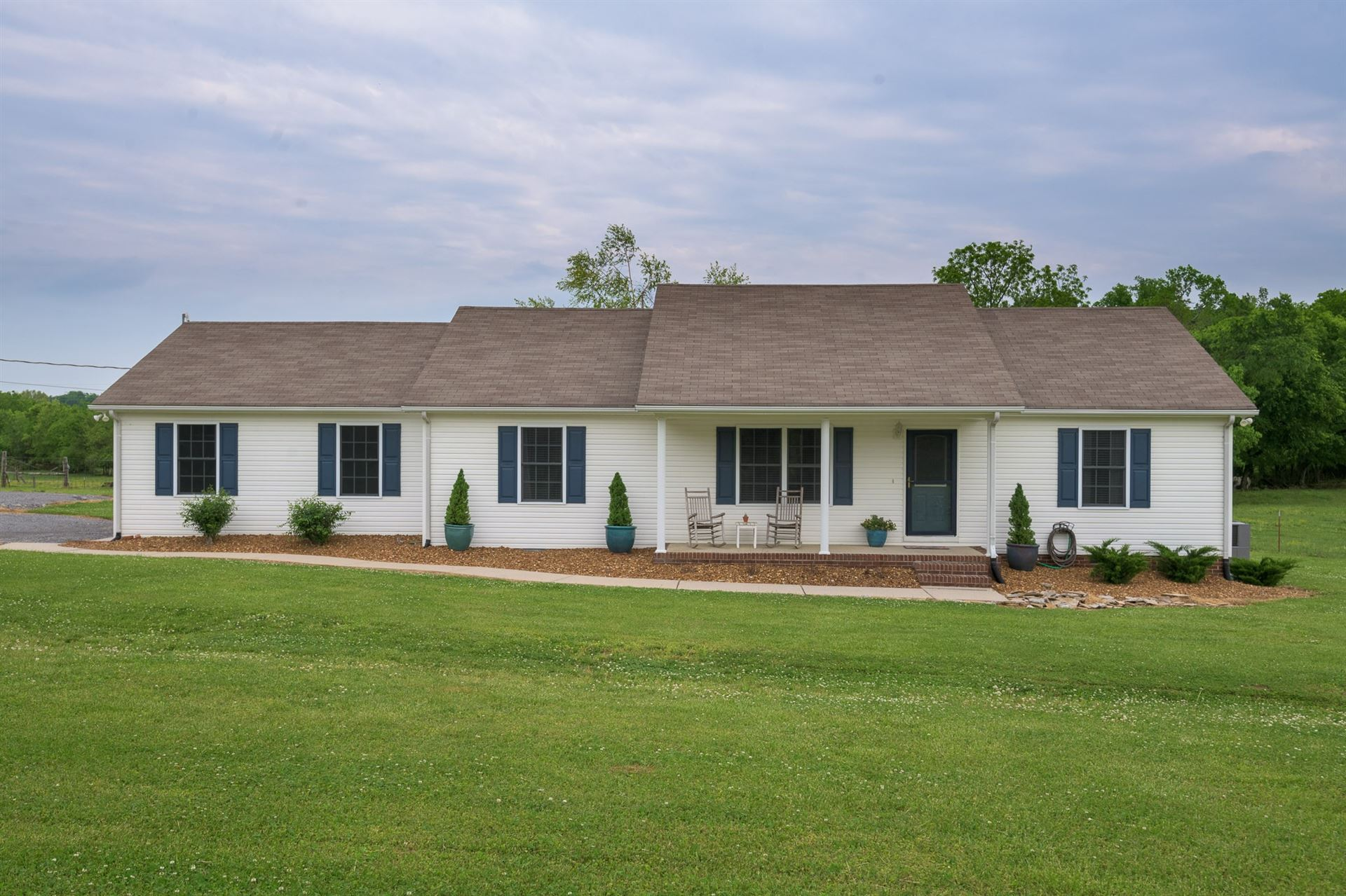 1432 Old Center Church Rd, Shelbyville, TN 37160 - MLS#: 2248525