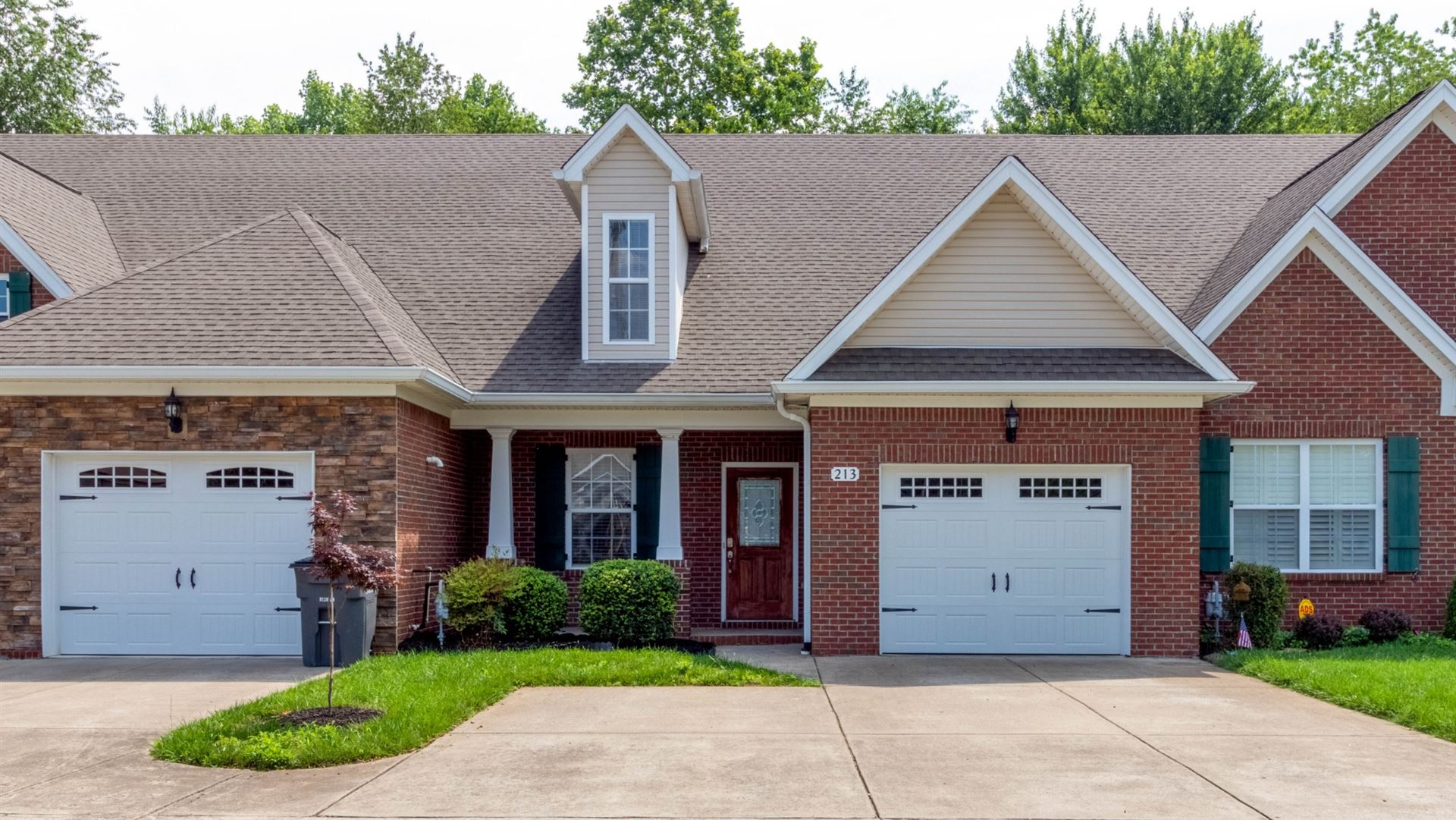 213 Hillcrest Dr, Clarksville, TN 37043 - MLS#: 2262528