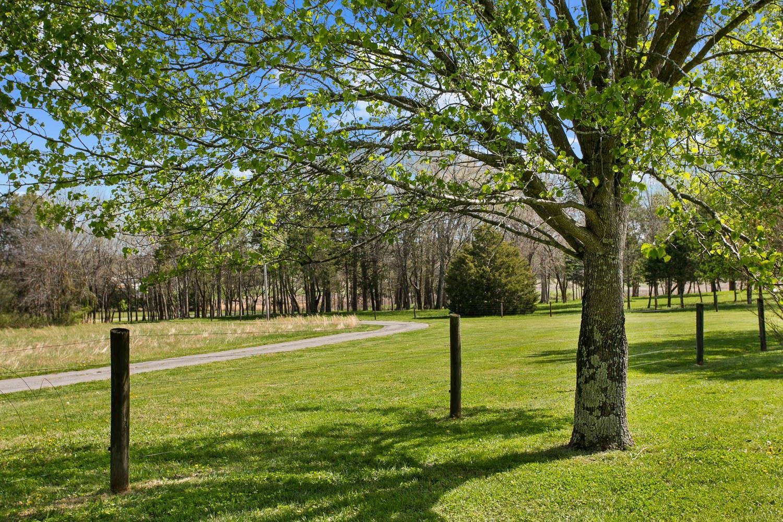 Photo of 4439 N Chapel Rd, Franklin, TN 37067 (MLS # 2243530)