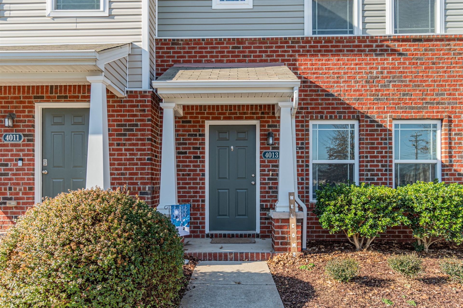 Photo of 4013 Currant Ct, Spring Hill, TN 37174 (MLS # 2222535)