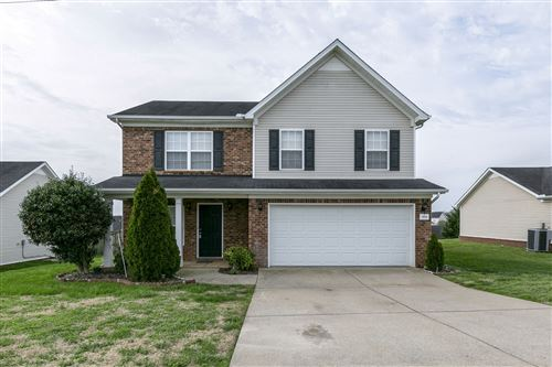 Photo of 1014 Longhunter Chase Dr, Spring Hill, TN 37174 (MLS # 2135538)