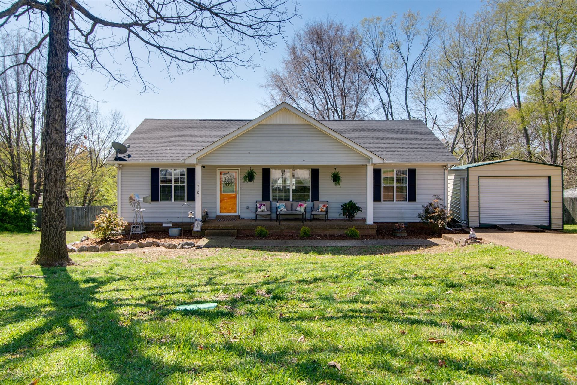 Photo of 7101 Catherine Dr, Fairview, TN 37062 (MLS # 2243539)