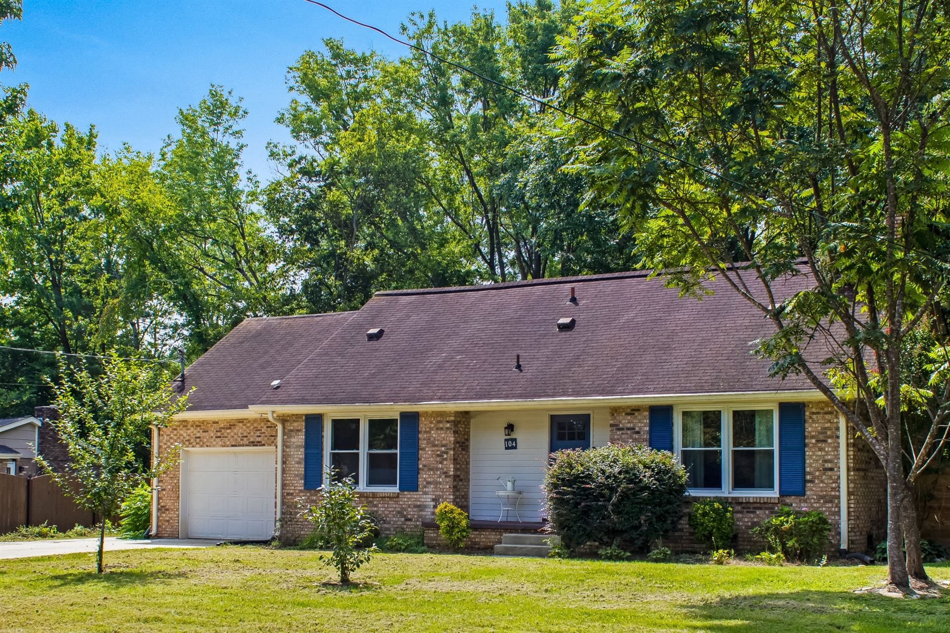 Photo of 104 Patrick Ave, Franklin, TN 37064 (MLS # 2289540)