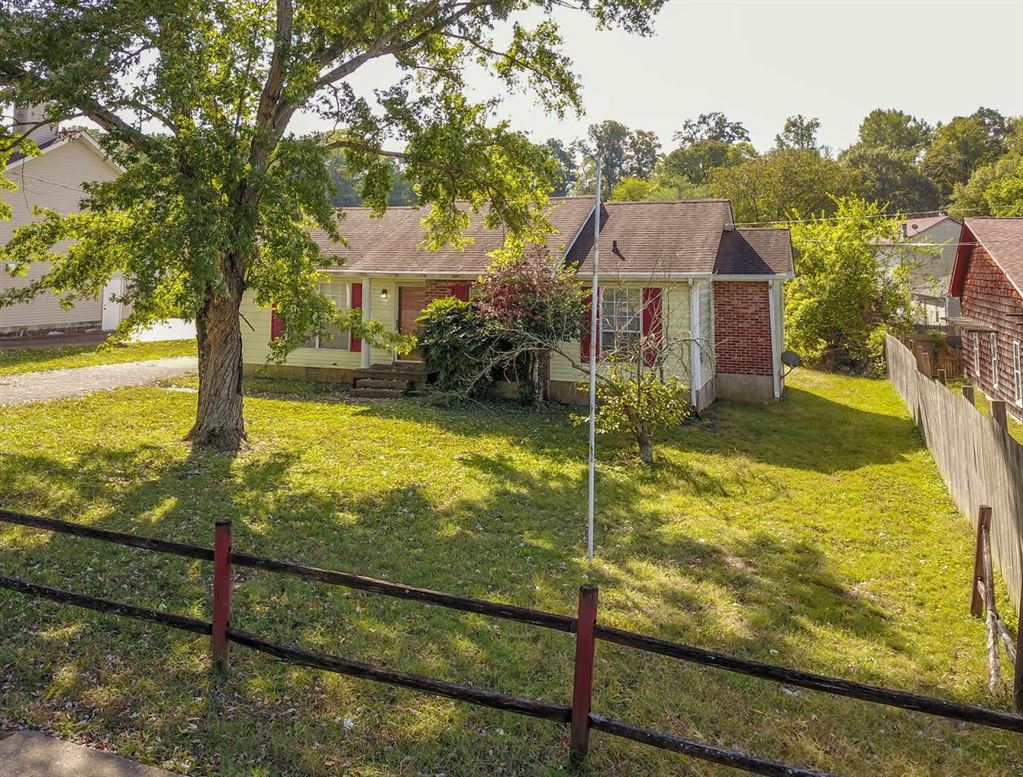 Photo of 536 Old Lebanon Dirt Rd, Hermitage, TN 37076 (MLS # 2091541)
