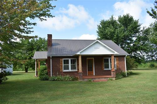 Photo of 807 Goad Ridge Ln, Pleasant Shade, TN 37145 (MLS # 2168546)