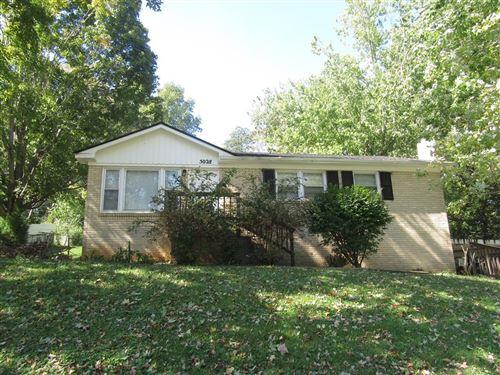 Photo of 5028 Collinwood Dr, Clarksville, TN 37042 (MLS # 2299548)