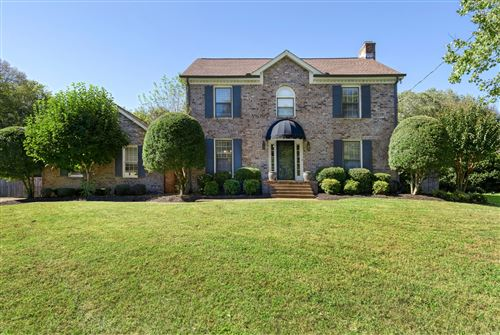 Photo of 1609 S Timber Dr, Brentwood, TN 37027 (MLS # 2301551)
