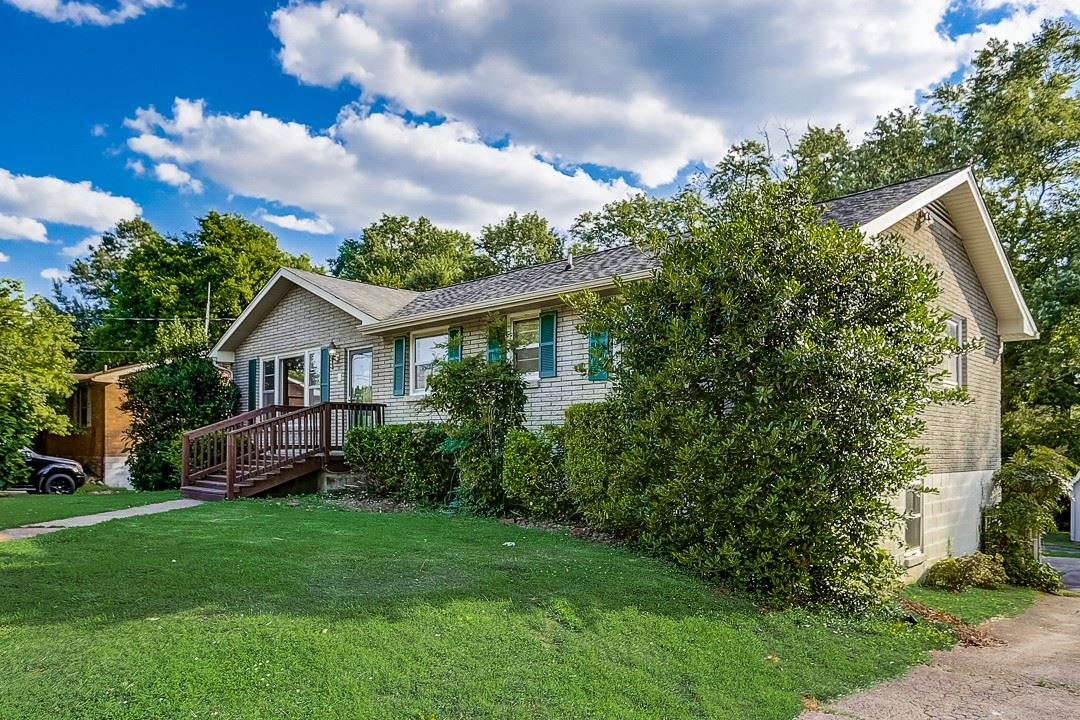Photo of 7025 Bonnamere Dr, Hermitage, TN 37076 (MLS # 2263554)