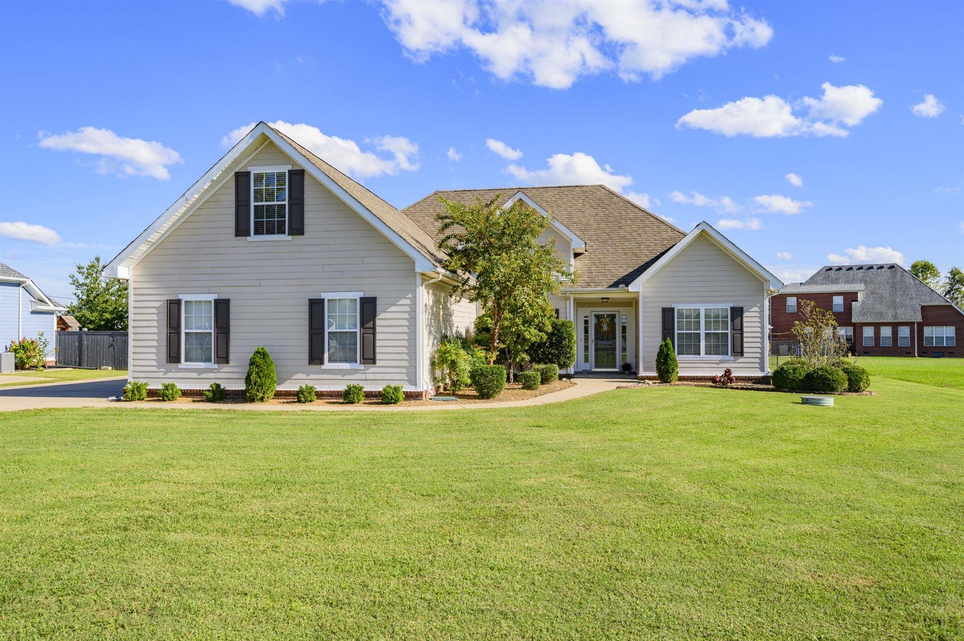 Photo of 4561 Barfield Crescent Rd, Murfreesboro, TN 37128 (MLS # 2299557)