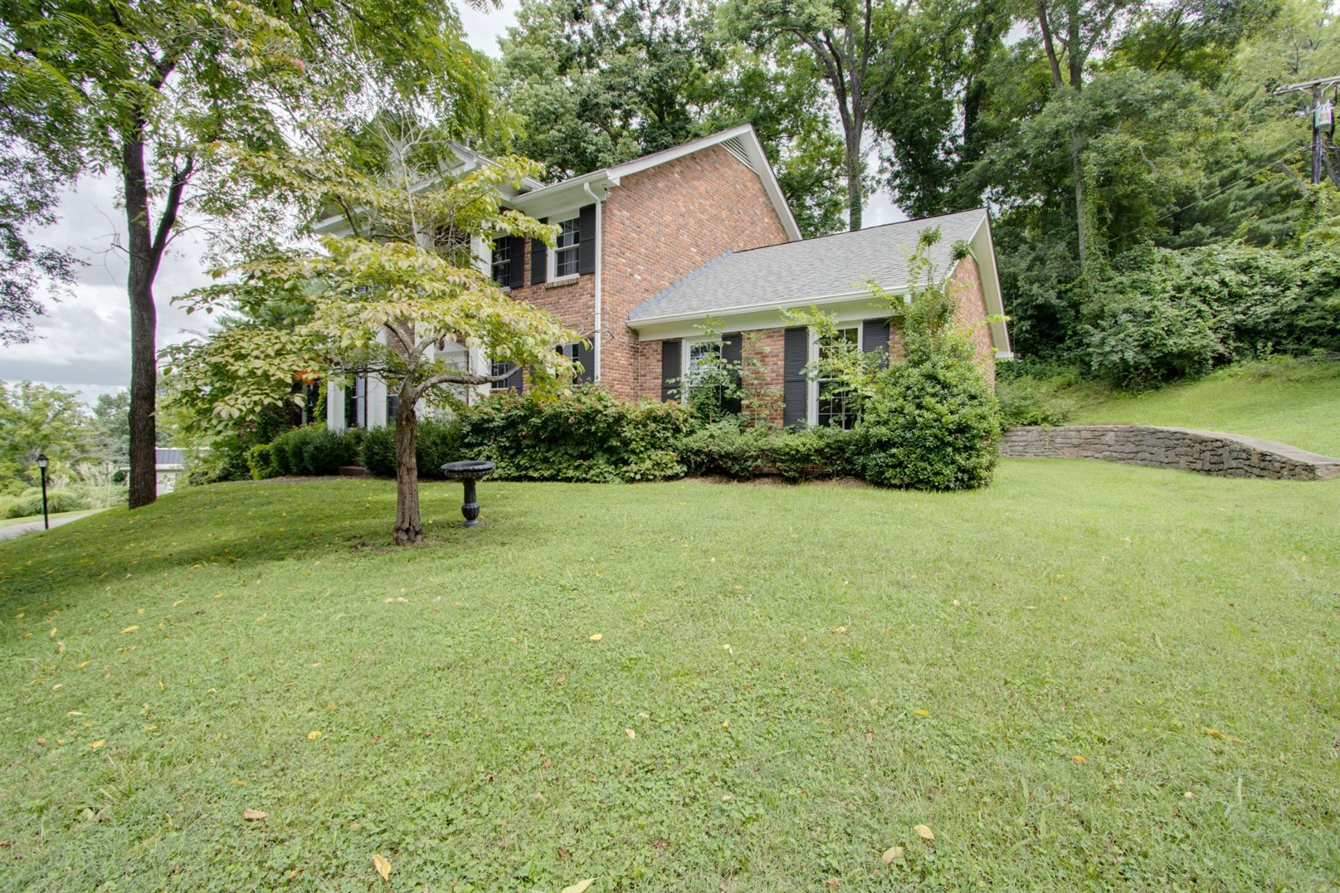 Photo of 5438 Camelot Rd, Brentwood, TN 37027 (MLS # 2290558)
