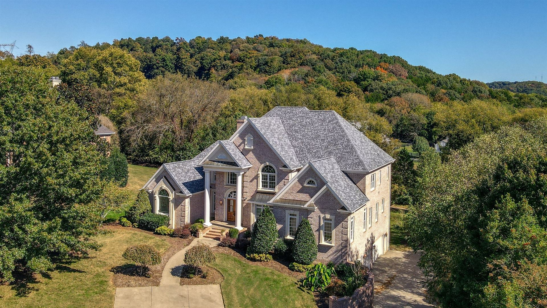 389 Lake Valley Dr, Franklin, TN 37069 - MLS#: 2199562