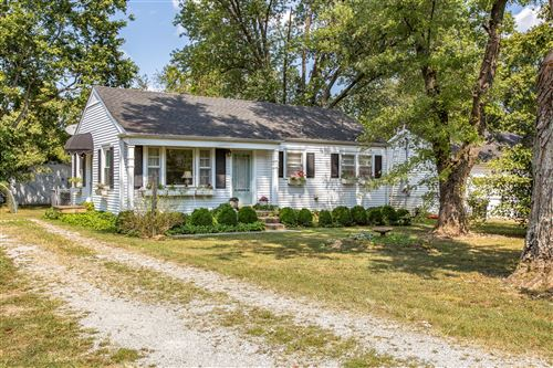 Photo of 315 Meadowlawn Dr, Franklin, TN 37064 (MLS # 2090565)