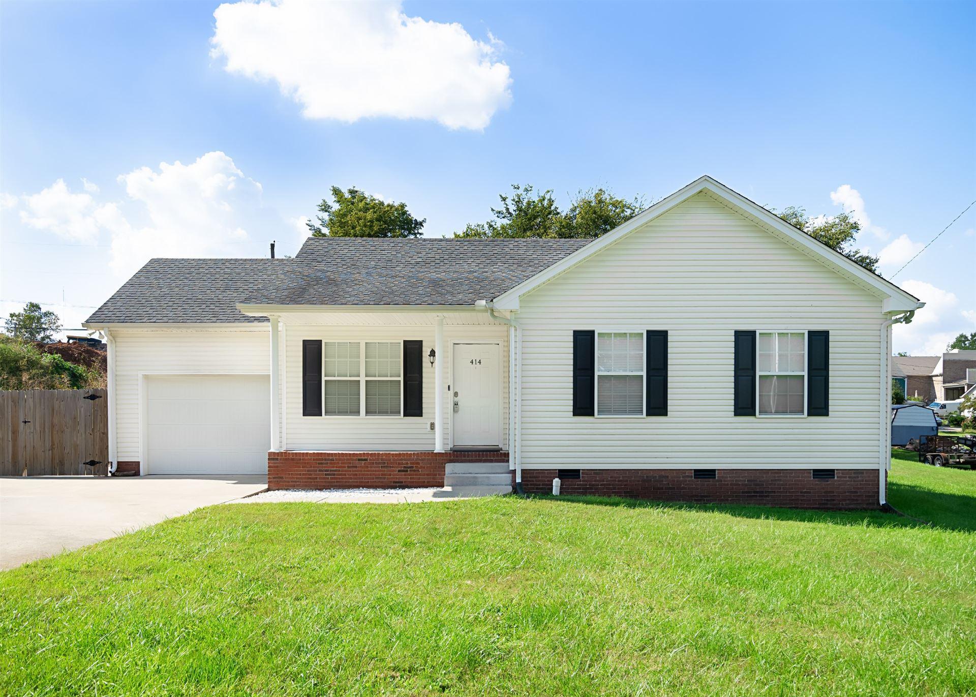 414 Kelly Ln, Clarksville, TN 37040 - MLS#: 2300567