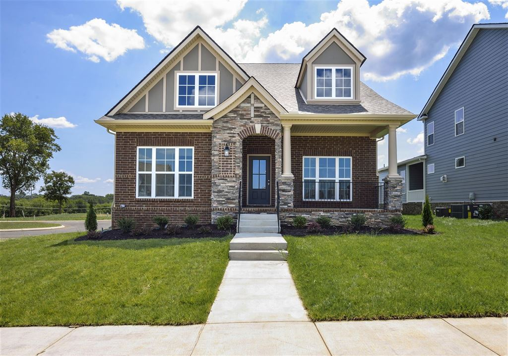 Photo for 121 Harvest Point Blvd, Spring Hill, TN 37174 (MLS # 1920575)