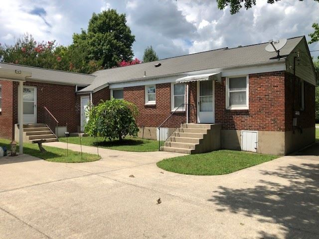 Photo of 206 James Ave, Franklin, TN 37064 (MLS # 2190578)