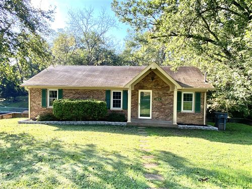 Photo of 102 8th Ave, Columbia, TN 38401 (MLS # 2301582)
