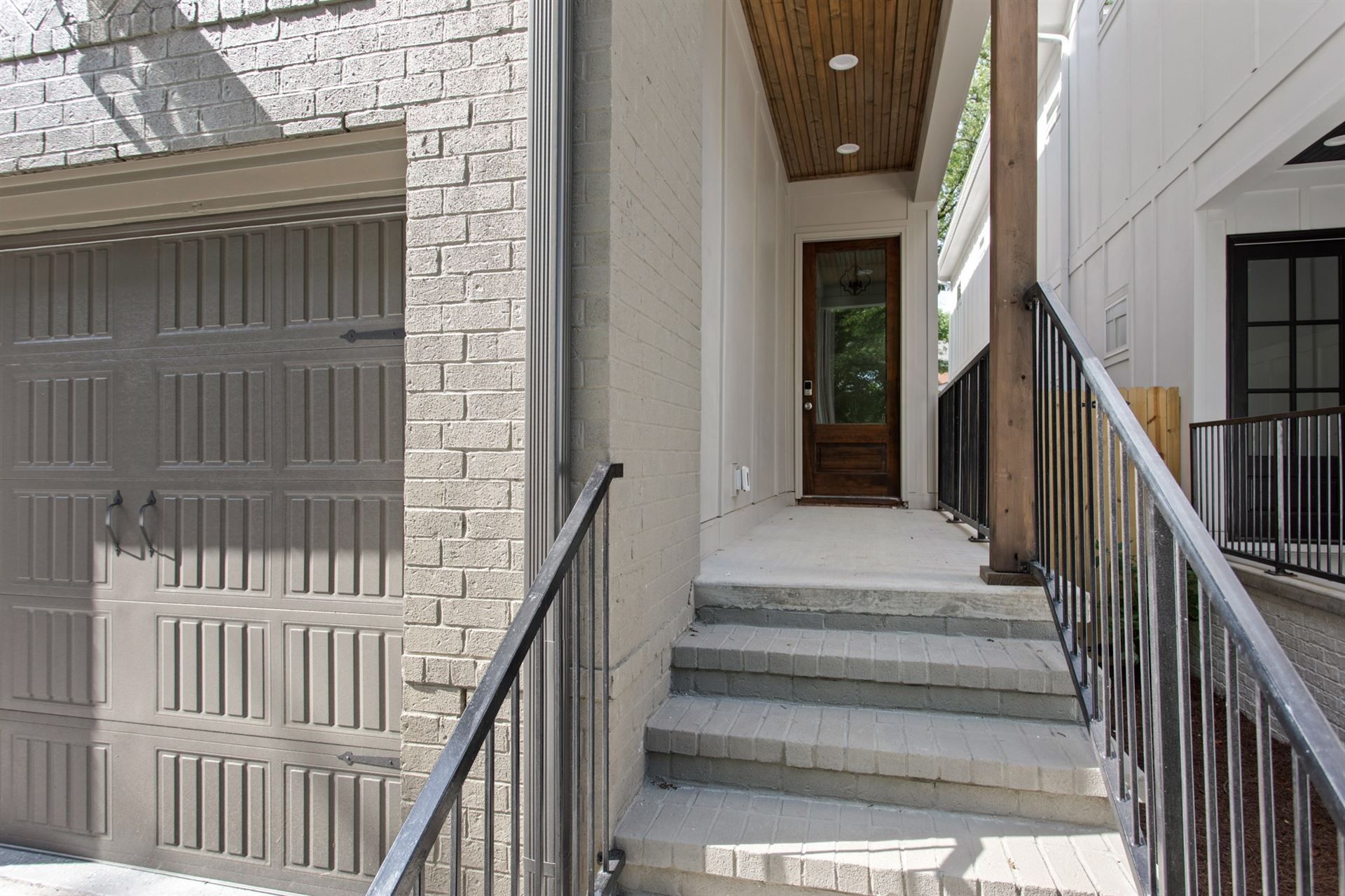 Photo of 1917 Lombardy Ave, Nashville, TN 37215 (MLS # 2168587)