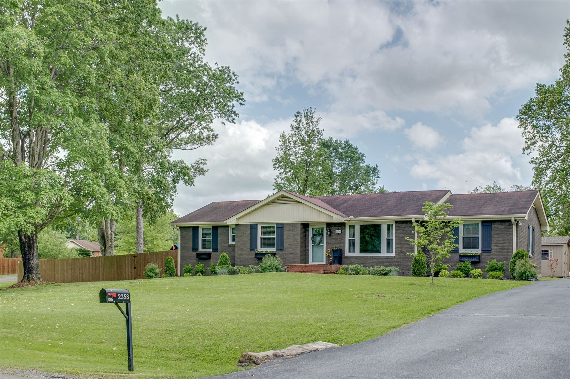 Photo of 2353 Ridgeland Dr, Nashville, TN 37214 (MLS # 2253592)