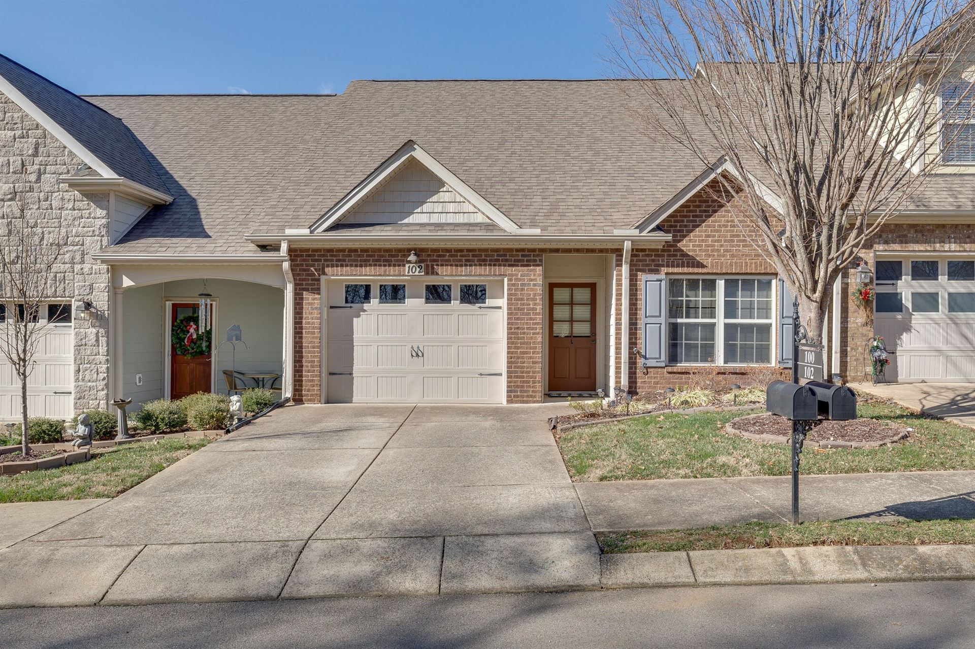 102 Westview Dr, Spring Hill, TN 37174 - MLS#: 2232594