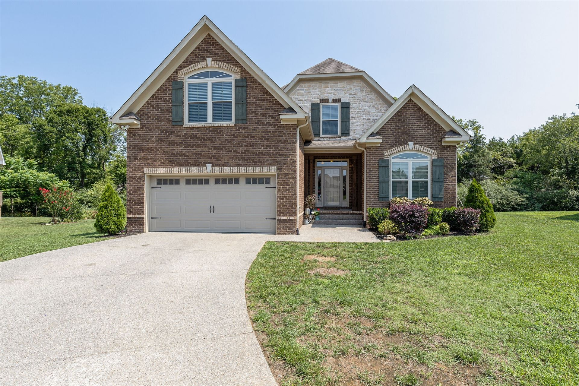 Photo of 4004 Red Brick Ct, Spring Hill, TN 37174 (MLS # 2276595)