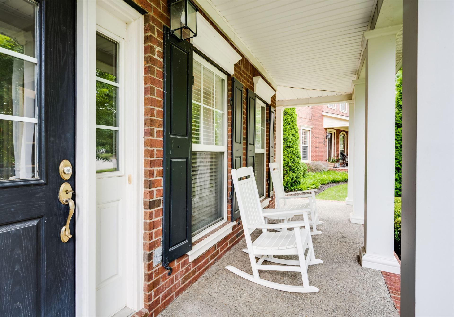 Photo of 105 Selinawood Pl, Franklin, TN 37067 (MLS # 2274597)