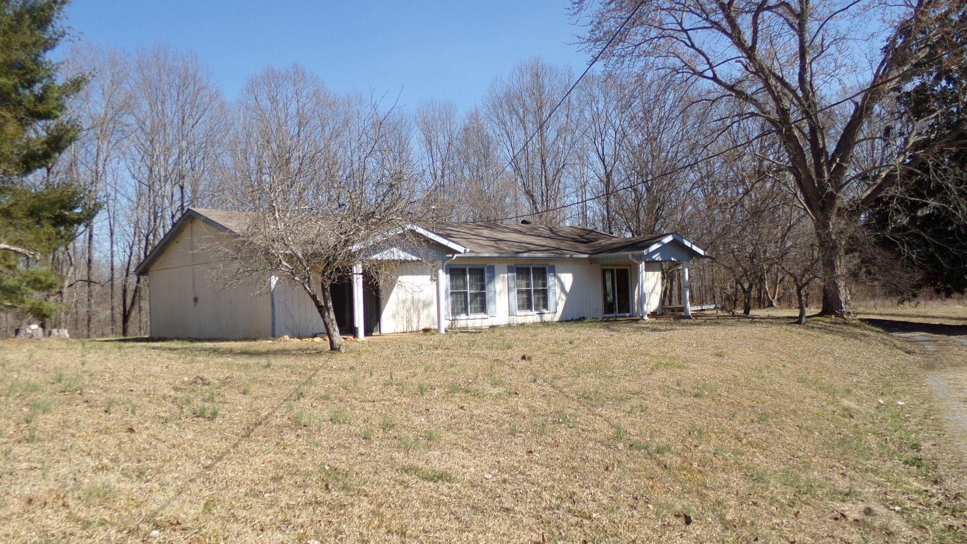 831 Damron Rd, Estill Springs, TN 37330 - MLS#: 2231599