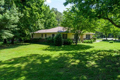 Photo of 424 Oak Circle Dr, Winchester, TN 37398 (MLS # 2153604)