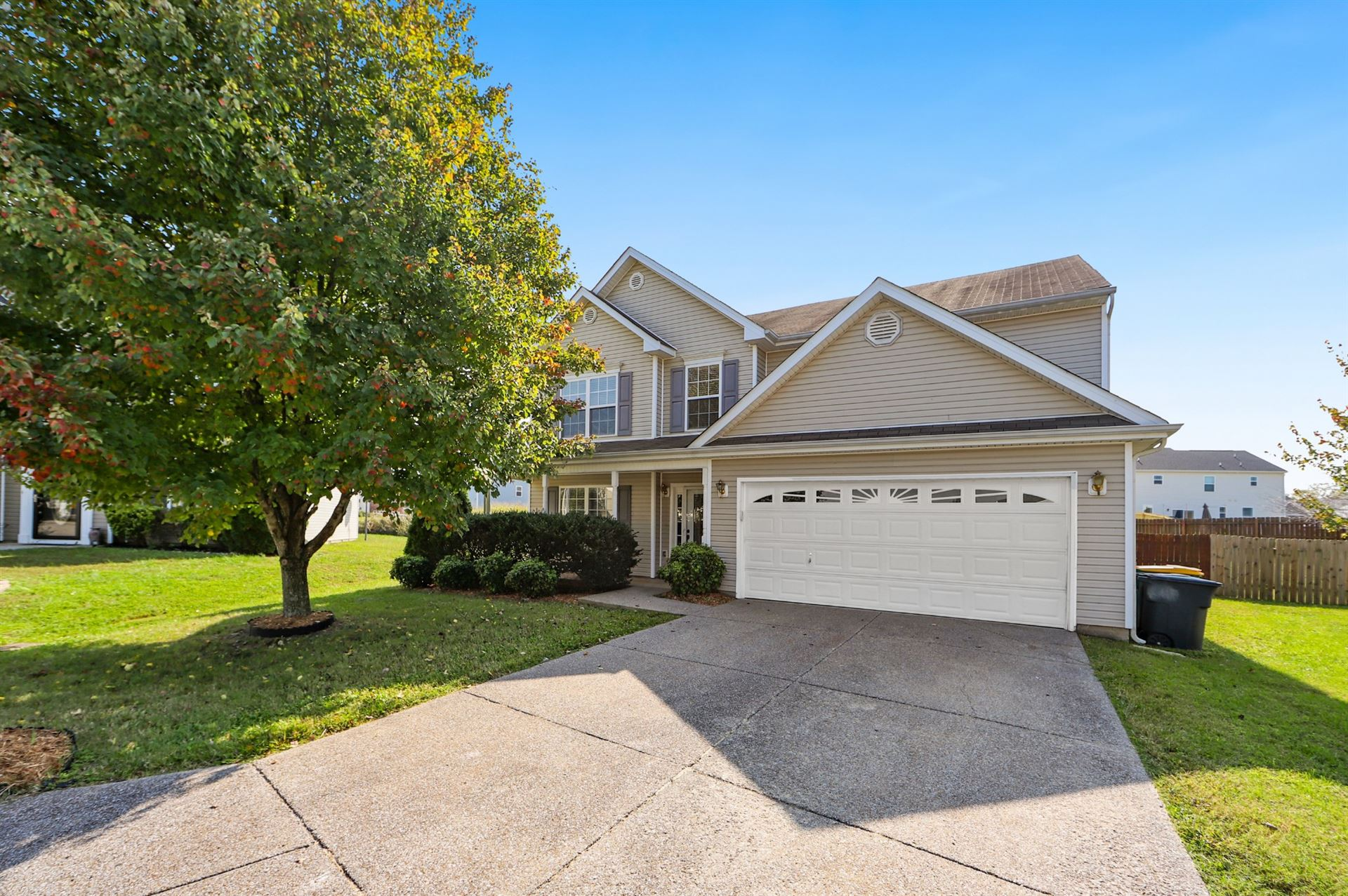 Photo of 2005 Cadence Ct, Spring Hill, TN 37174 (MLS # 2199622)