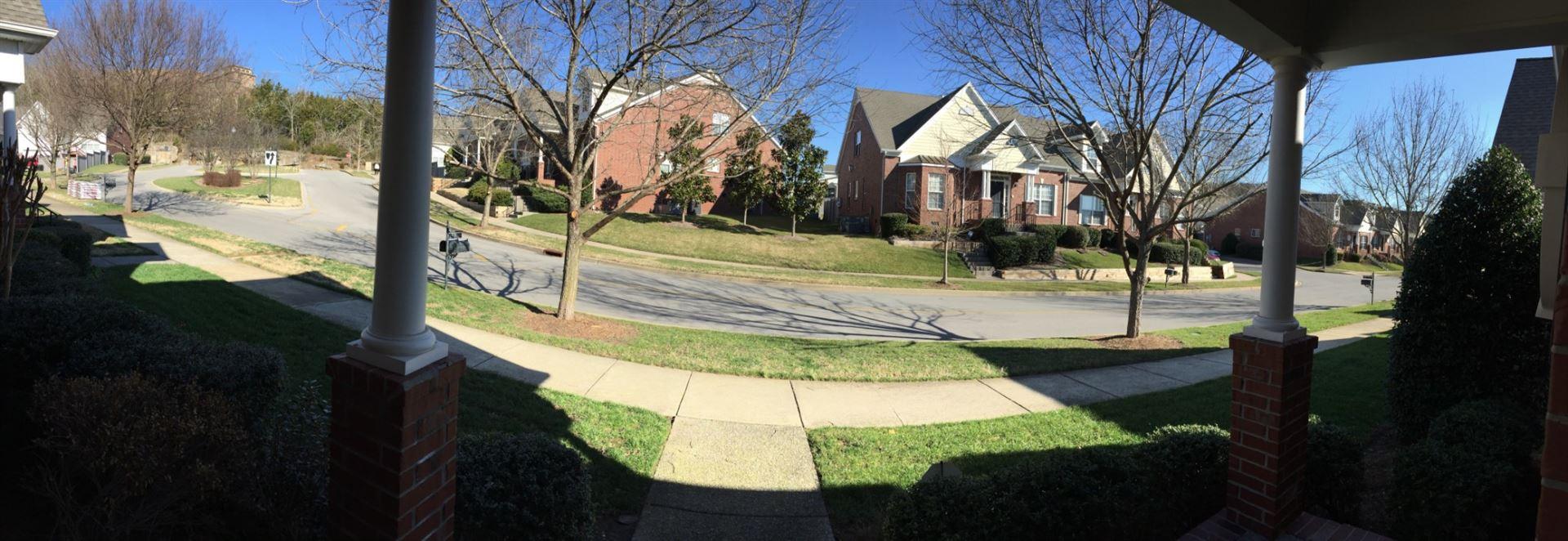 Photo of 1315 Decatur Cir, Franklin, TN 37067 (MLS # 2220622)