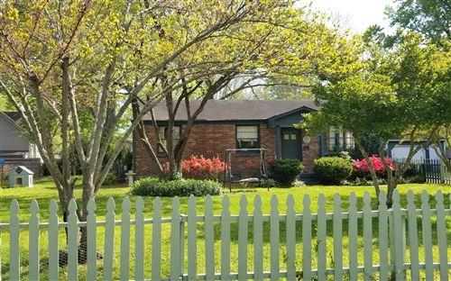 Photo of 421 Roberts St, Franklin, TN 37064 (MLS # 2213624)