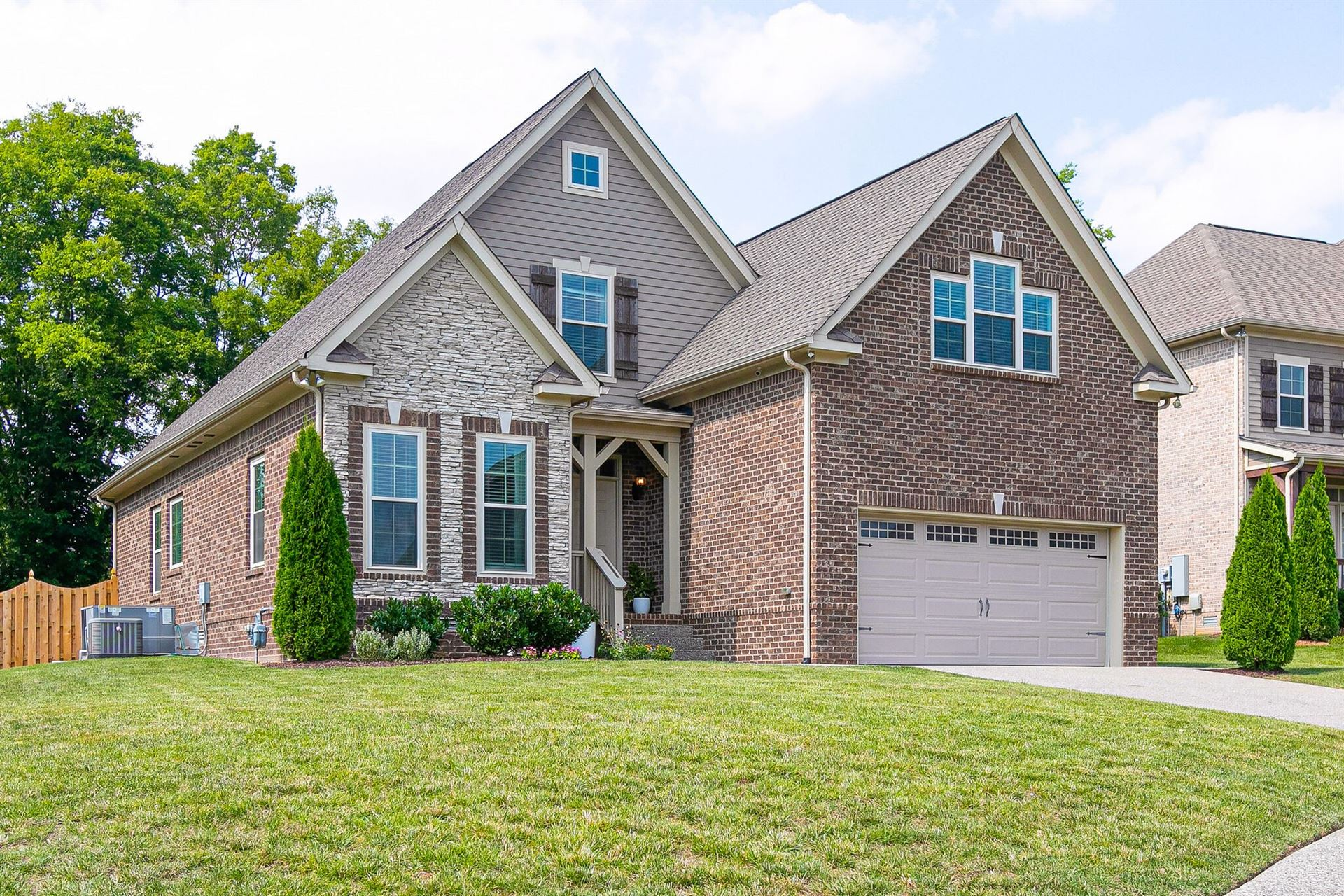 Photo of 3027 Foust Dr, Spring Hill, TN 37174 (MLS # 2275628)
