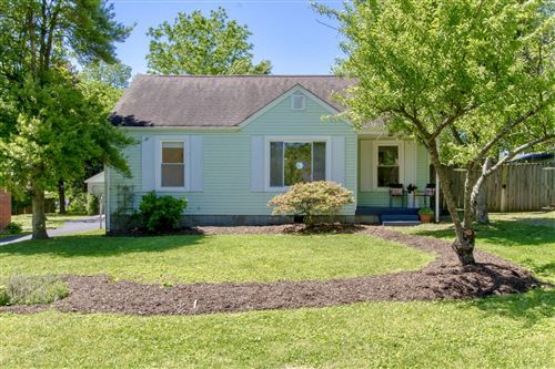 Photo of 1019 Horseshoe Dr, Nashville, TN 37216 (MLS # 2253629)
